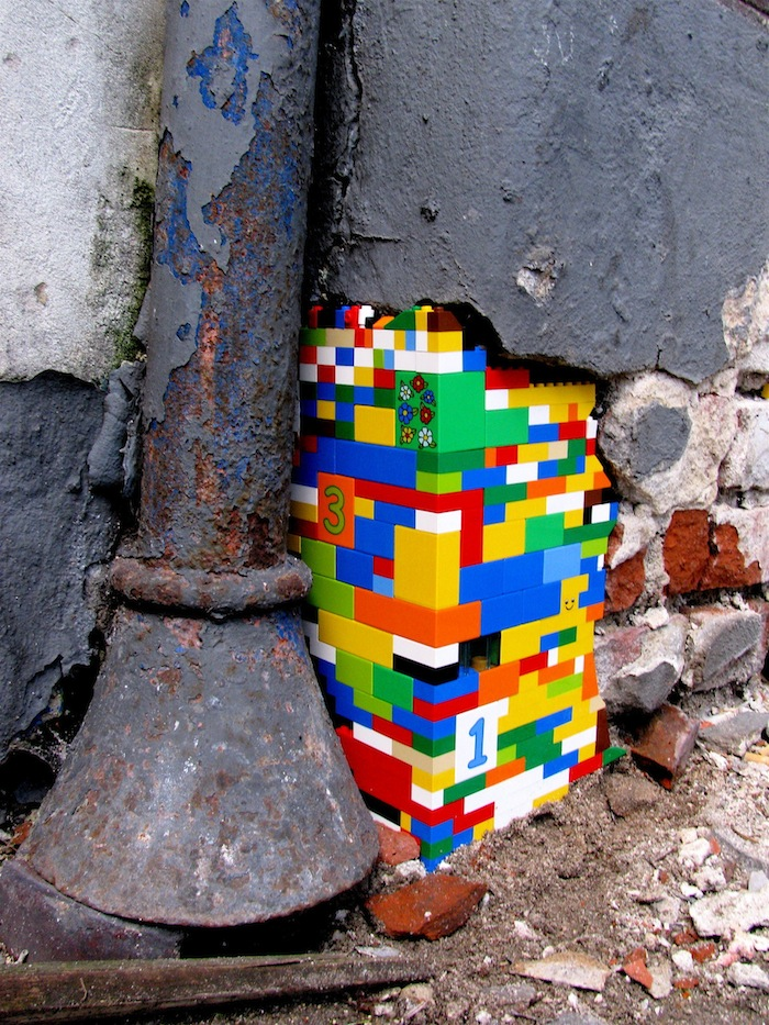 Assez Street Art Utopia » We declare the world as our canvas » Lego  LX14