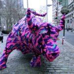 guerrilla_knitting_street_art_2_bull1
