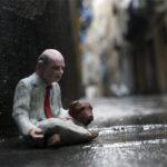 street_art_isaac_cordal_8