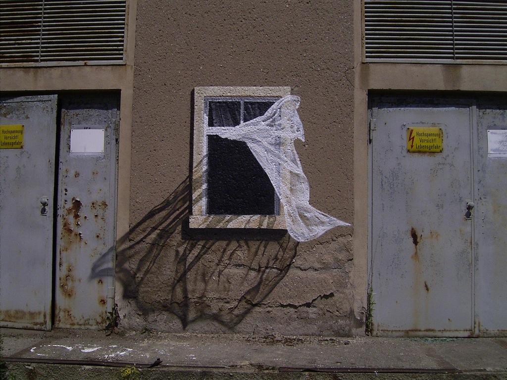 http://www.streetartutopia.com/wp-content/uploads/2011/12/street_art_november_13-tasso.jpeg