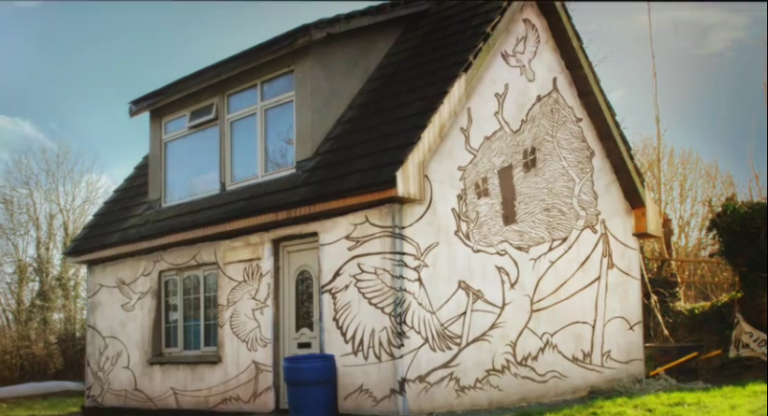AMAZING – Graffiti on a house