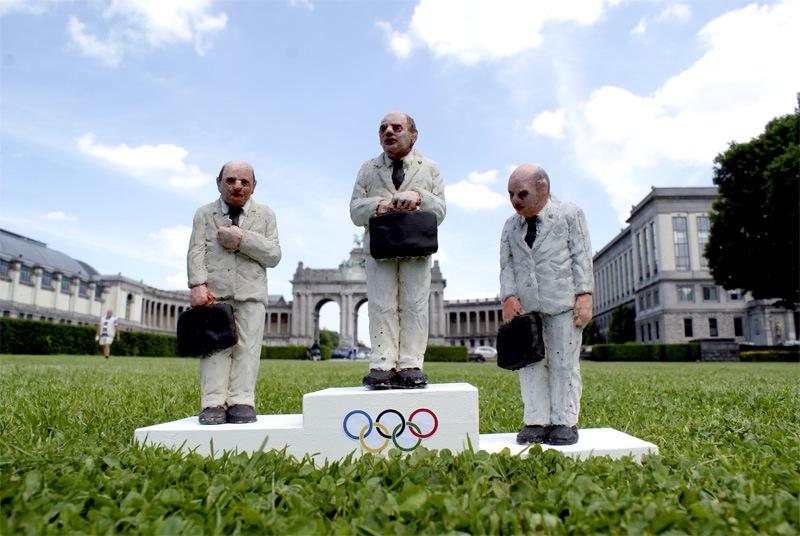 olympics games street art isaac