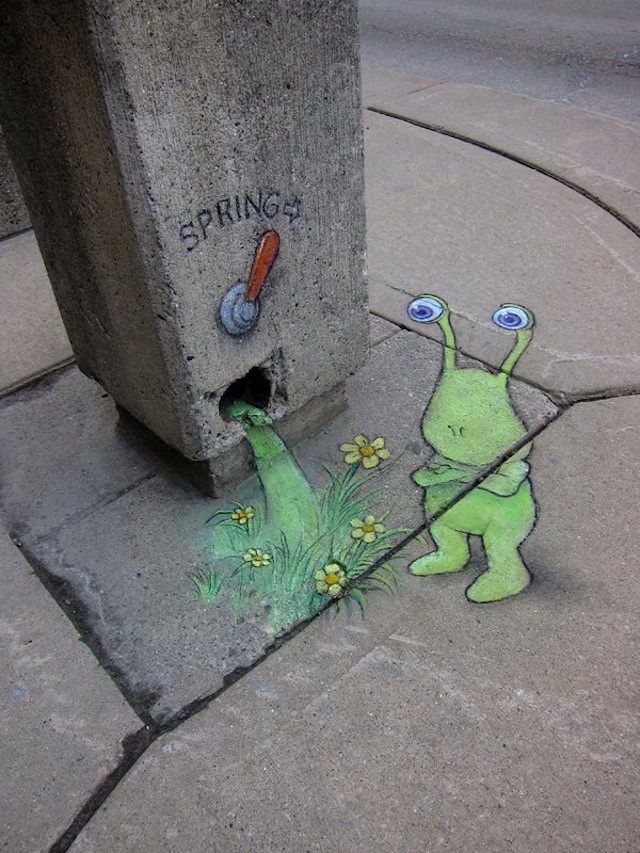 17 beloved Street Art Photos - October 2012