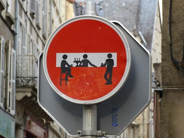 Street-Art-in-Poitiers-France-1-mini