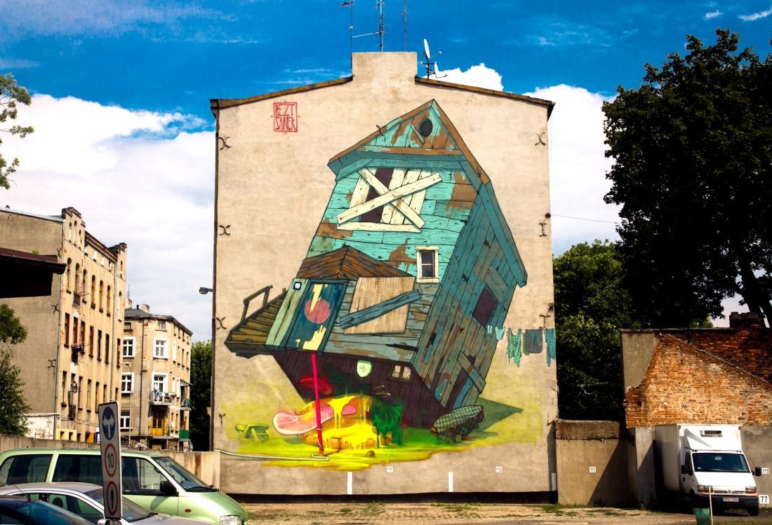 3 Galeria Urban Art Forms in Lodz, Poland. By Aryz Etam Cru
