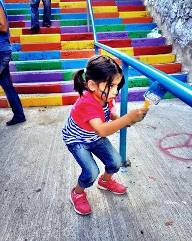 Street Art Color Steps in Turkey 4