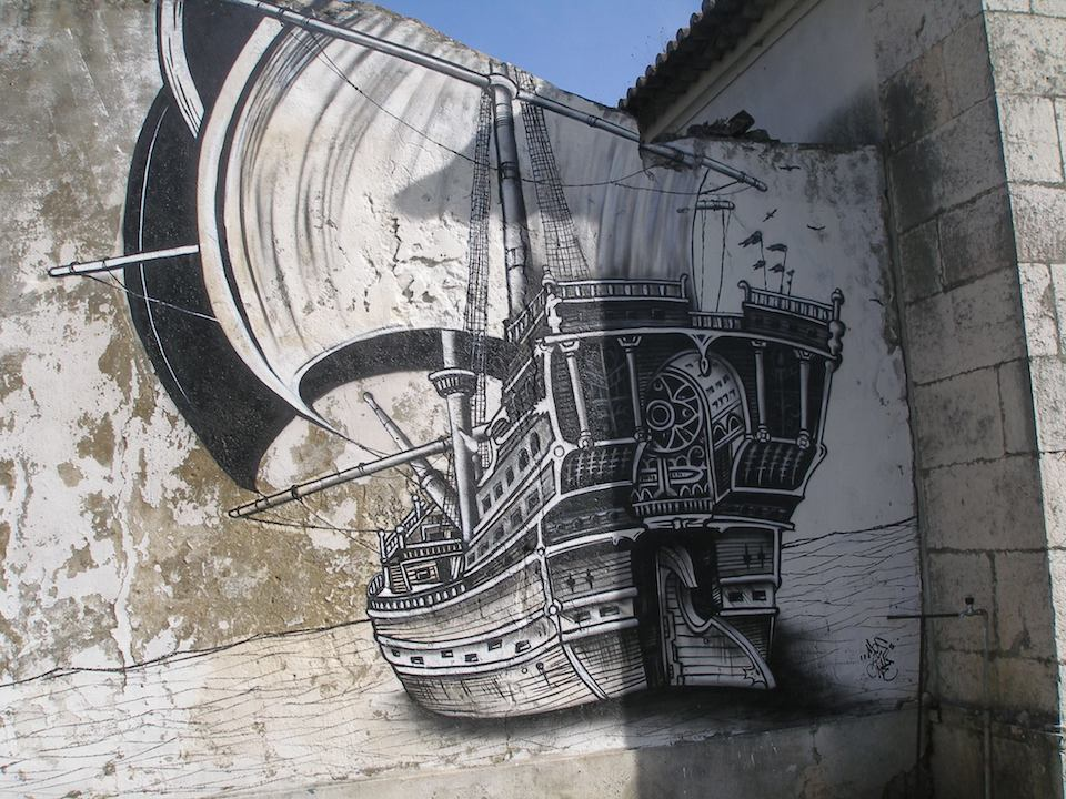 Street Art in Lisboa, Portugal 536