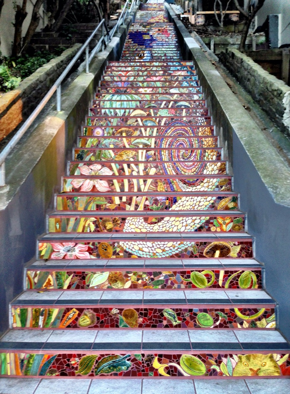 Mosaic Staircase in Inner Sunset, San Francisco, USA 5