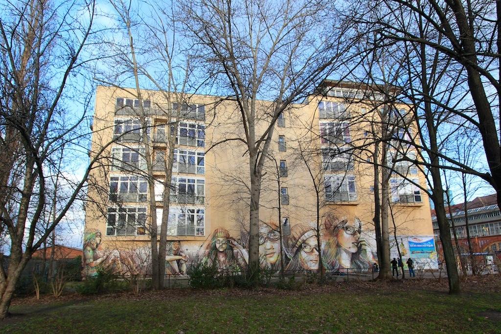 Street Art by Alice Pasquini in Berlin, Germany 3