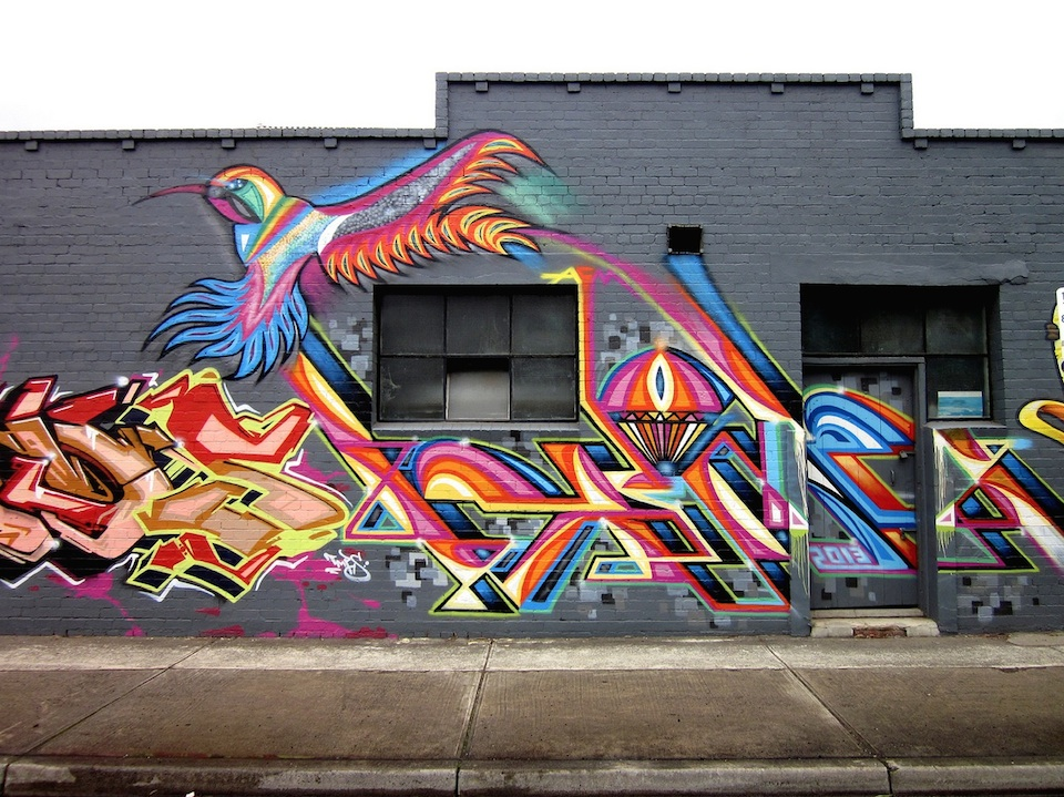 Bird of rainbow - Street Art in Melbourne, Australia