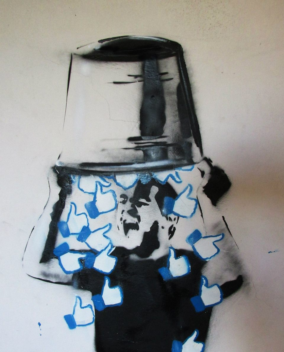Likes Bucket Challanger - By Trebel Art