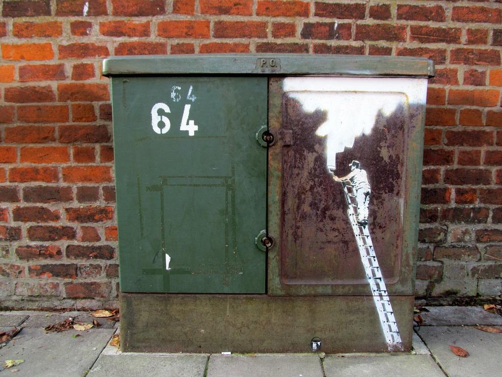 Street Art by Beastie in Gloucester, England