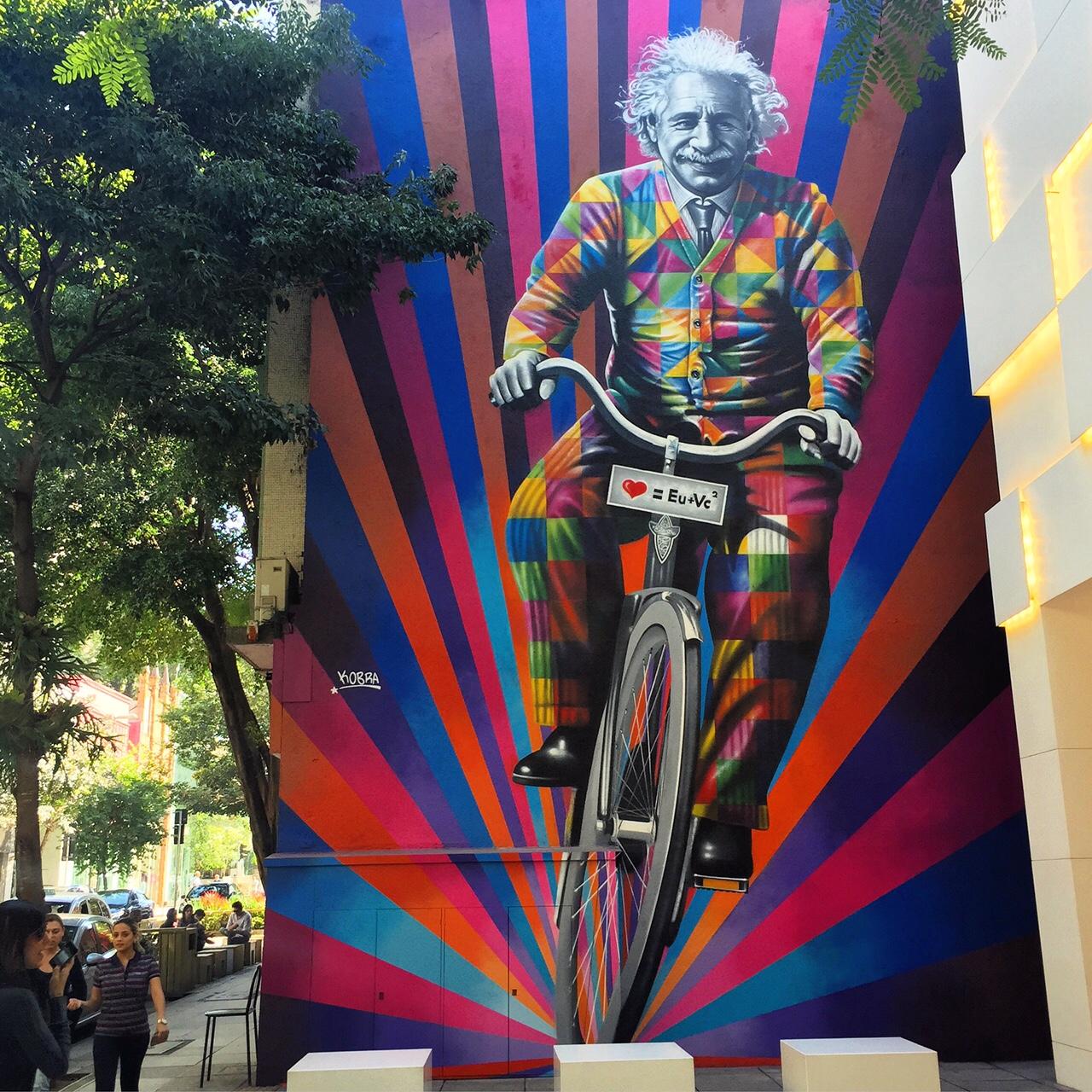 Genial is riding a bike. Street Art by Kobra in São Paulo, Brazil 2