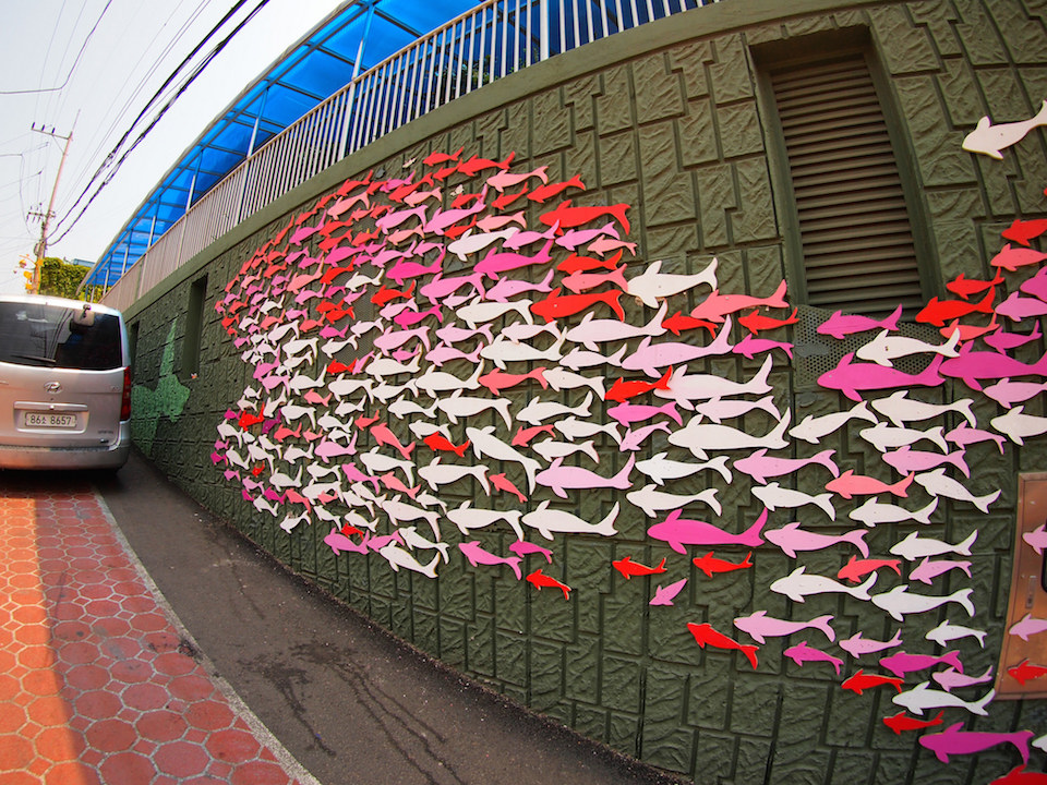 Street Art fromSeoul Area, South Korea. Photo byMark Johnson9