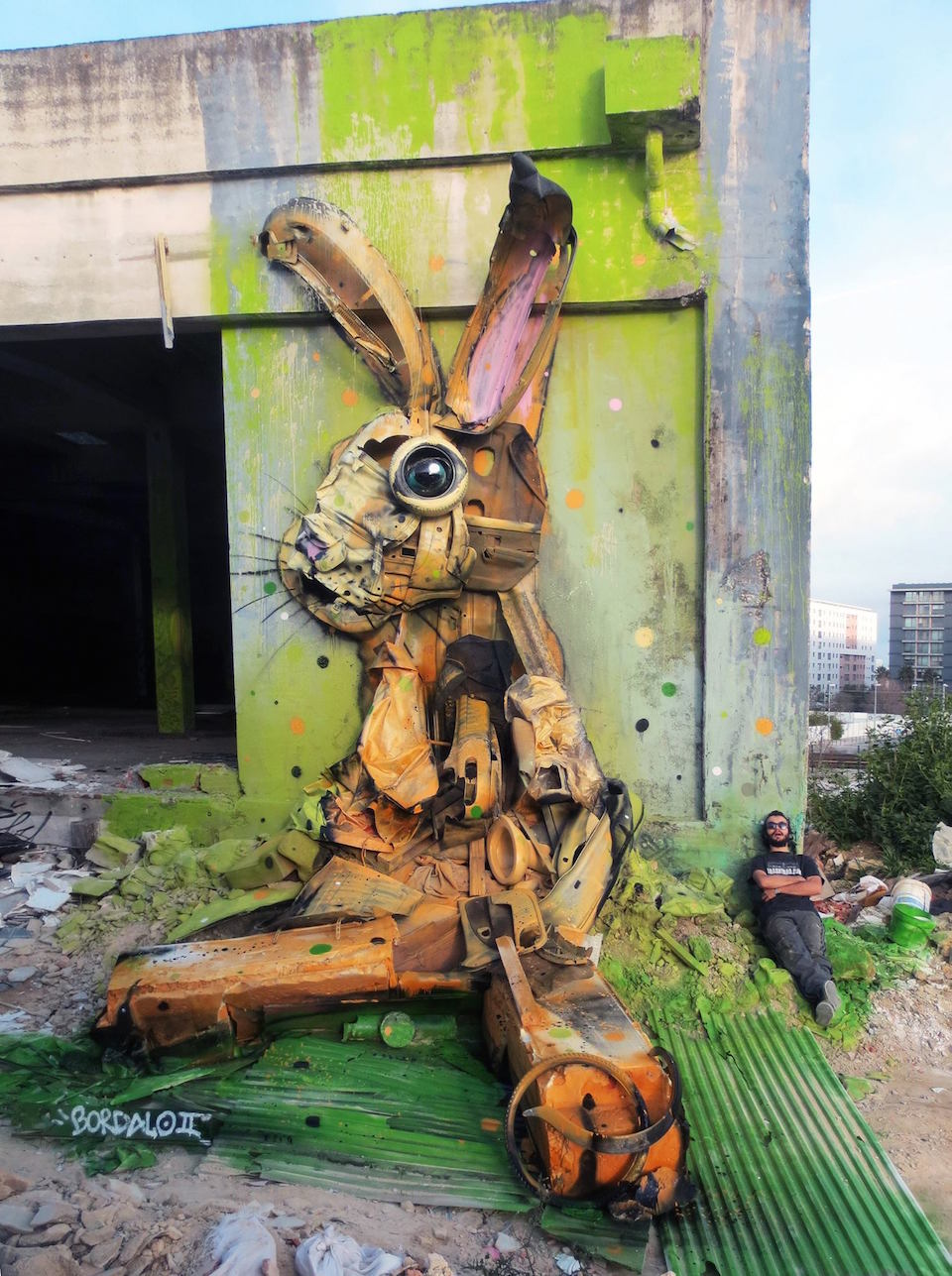 22 photos - A Collection of Street Art by Bordalo II