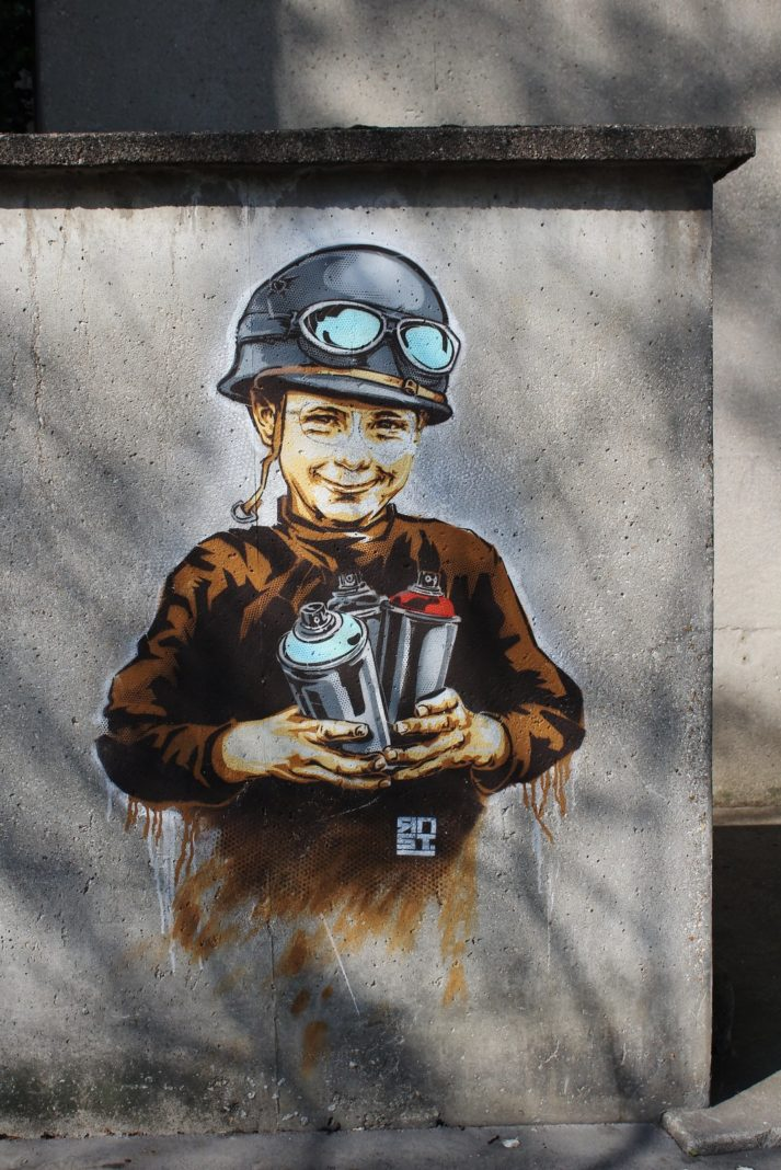 Street-Art-by-Street-Artist-RNST-in-Paris-France-9914