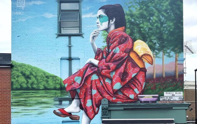 By Fin DAC in West London, England (3 photos)