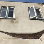 Building-With-Smile-Face-3d-street-art-by-JanIsDeMan-4